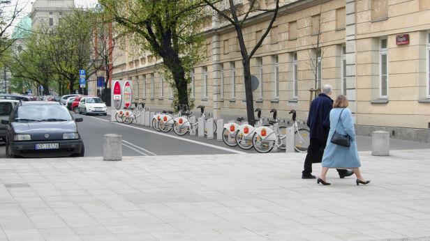 Jedna z propozycji systemu roweru publicznego w stolicy - fot. JC Decaux