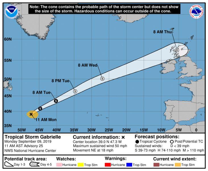 Prognozowana trasa przejścia burzy tropikalnej Gabrielle (stan na godzinę 21 w poniedziałek) (NHC)