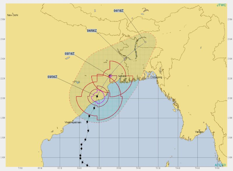 Prognozowana trasa cyklonu Fani (Joint Typhoon Warning Center)