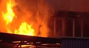 Dom emu ocalony od pożaru (TVN24)